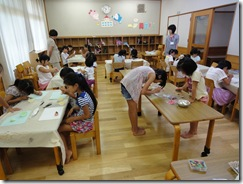 大野東児童館 マカロンストラップ