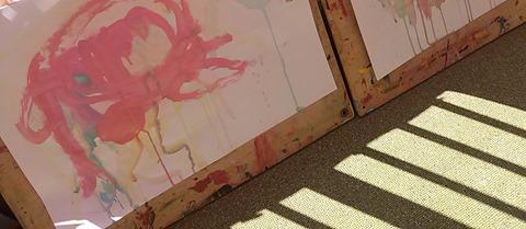 三篠保育園 くま・ぱんださん 絵の具で遊ぼう