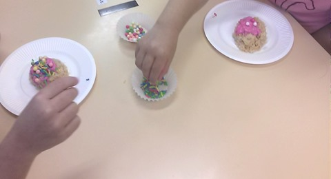 神崎保育園 きりん ケーキ作り (13)
