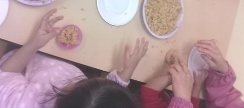 神崎保育園 きりん ケーキ作り (2)