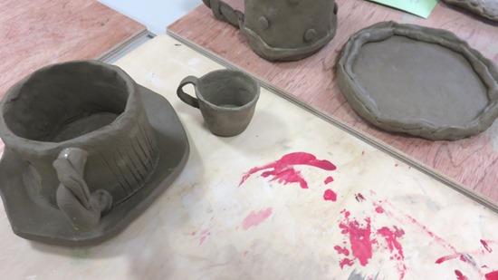 陶芸カップとソーサー